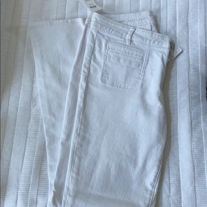 {loft} white curvy boot cut jeans, size 30/10 NWT